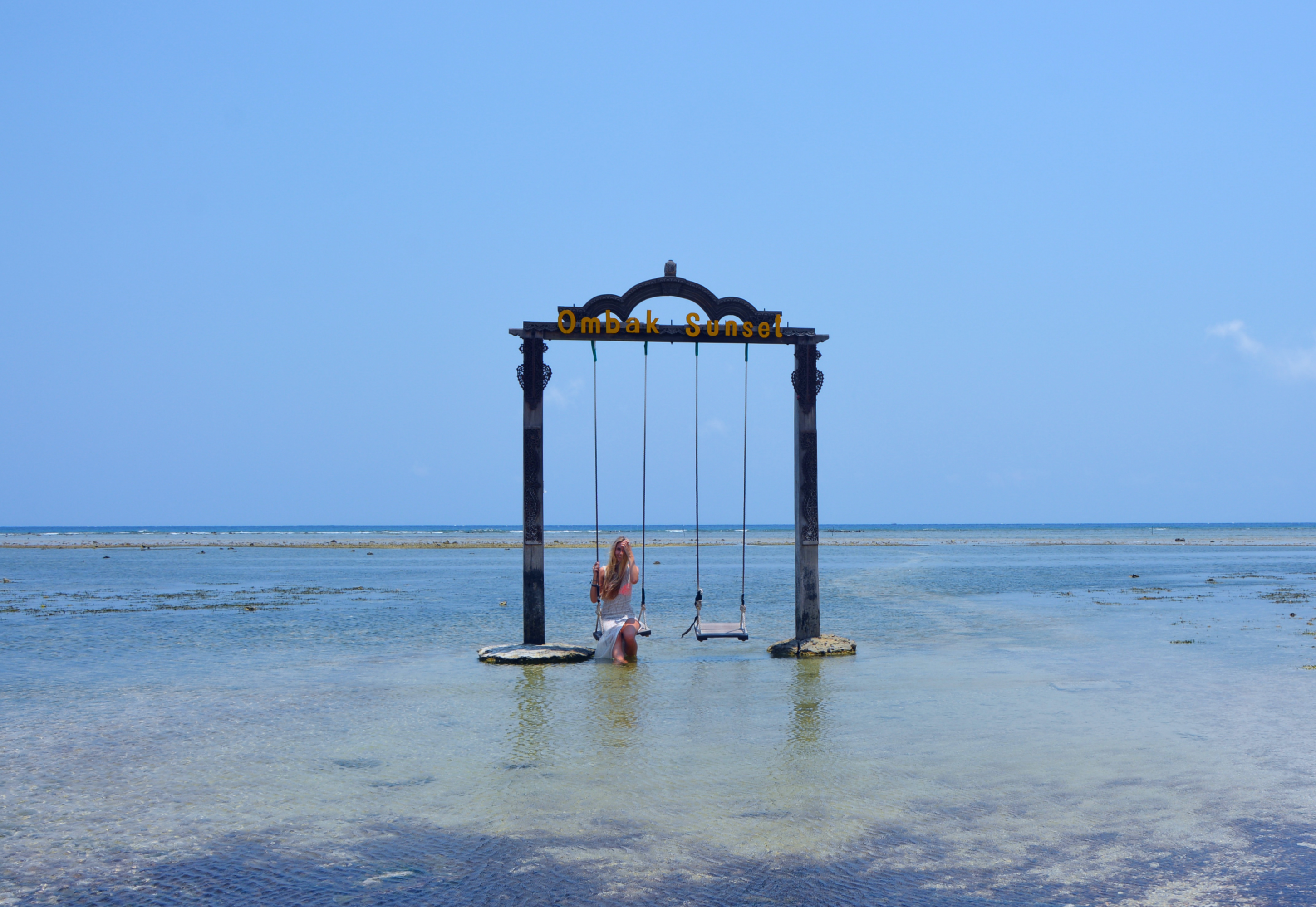 Gili trawangan sunset swing