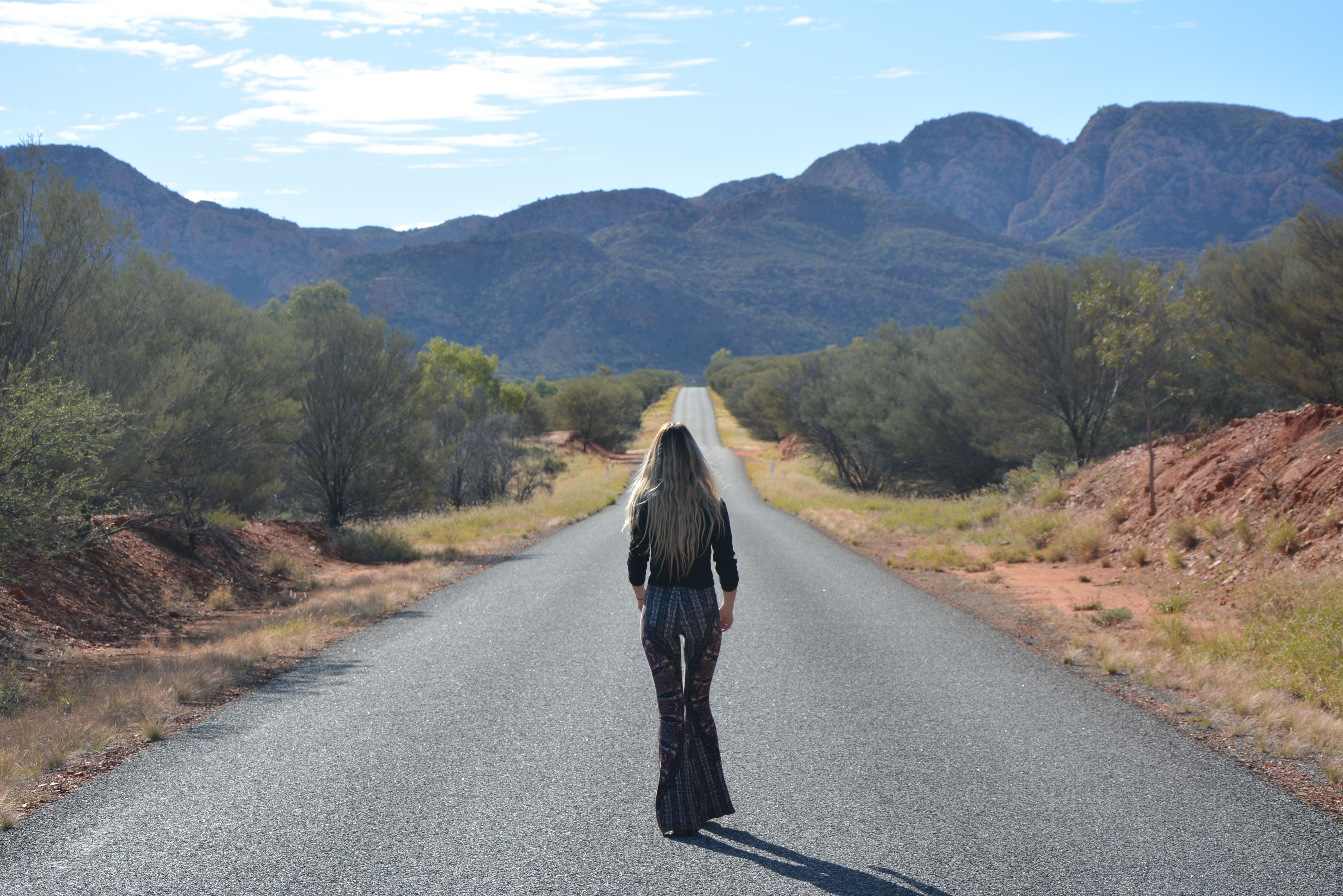 Road to Standley Chasm