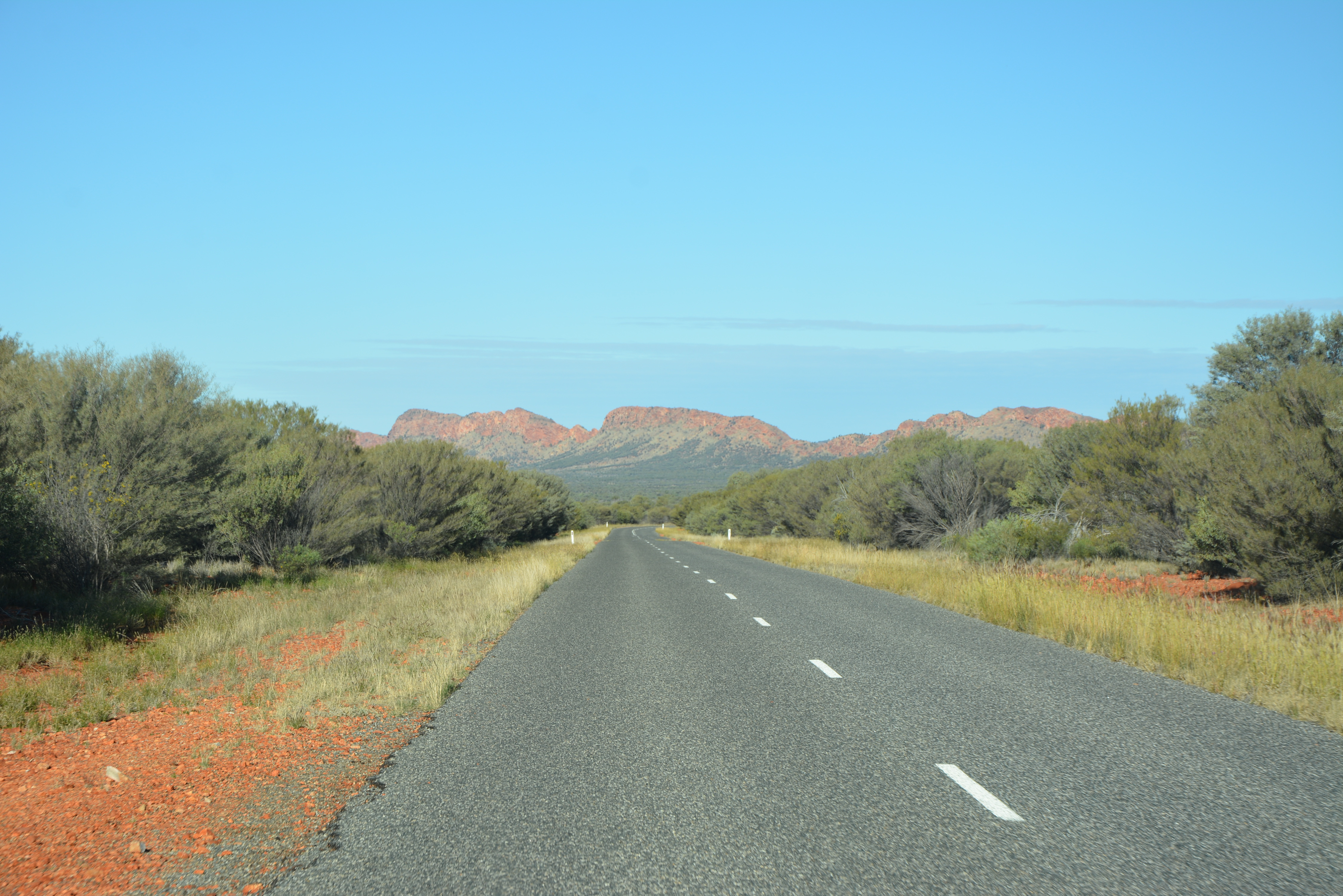 Road to canyons NT