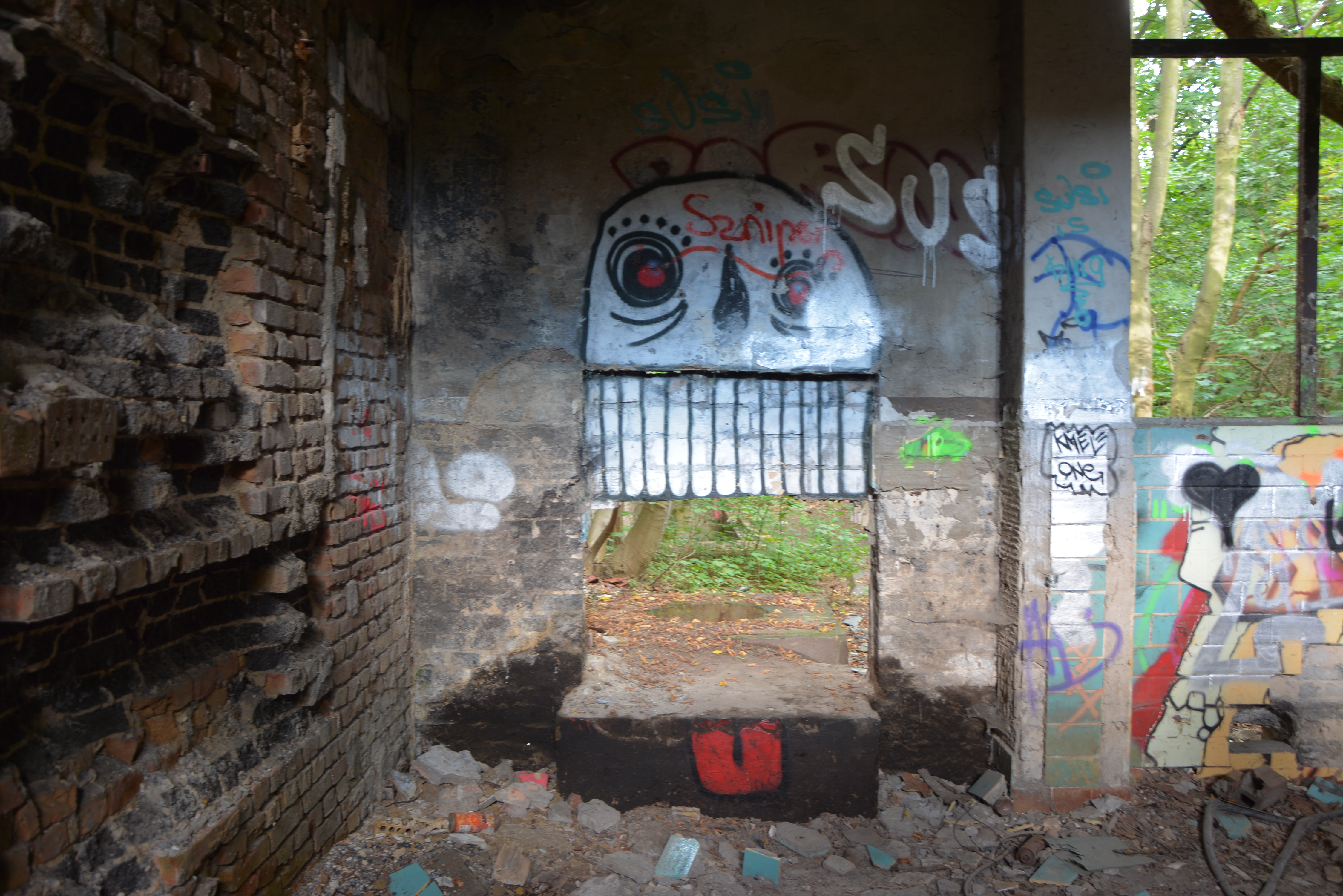 Abandoned Places in Berlin Abandoned Childrens Hospital Graffiti cool