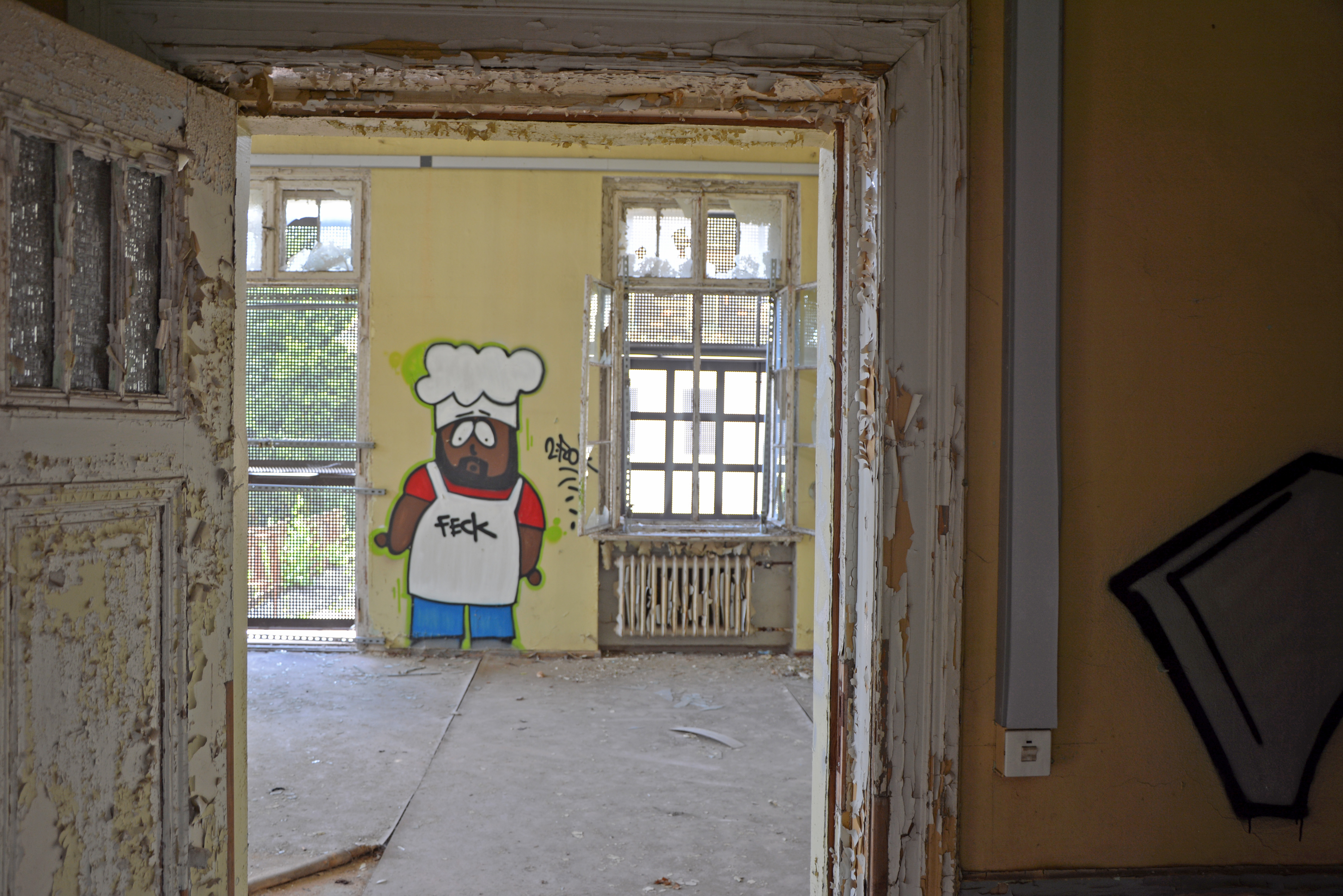 Abandoned Places in Berlin Waldhaus Buch Abandoned Sanatorium South Park