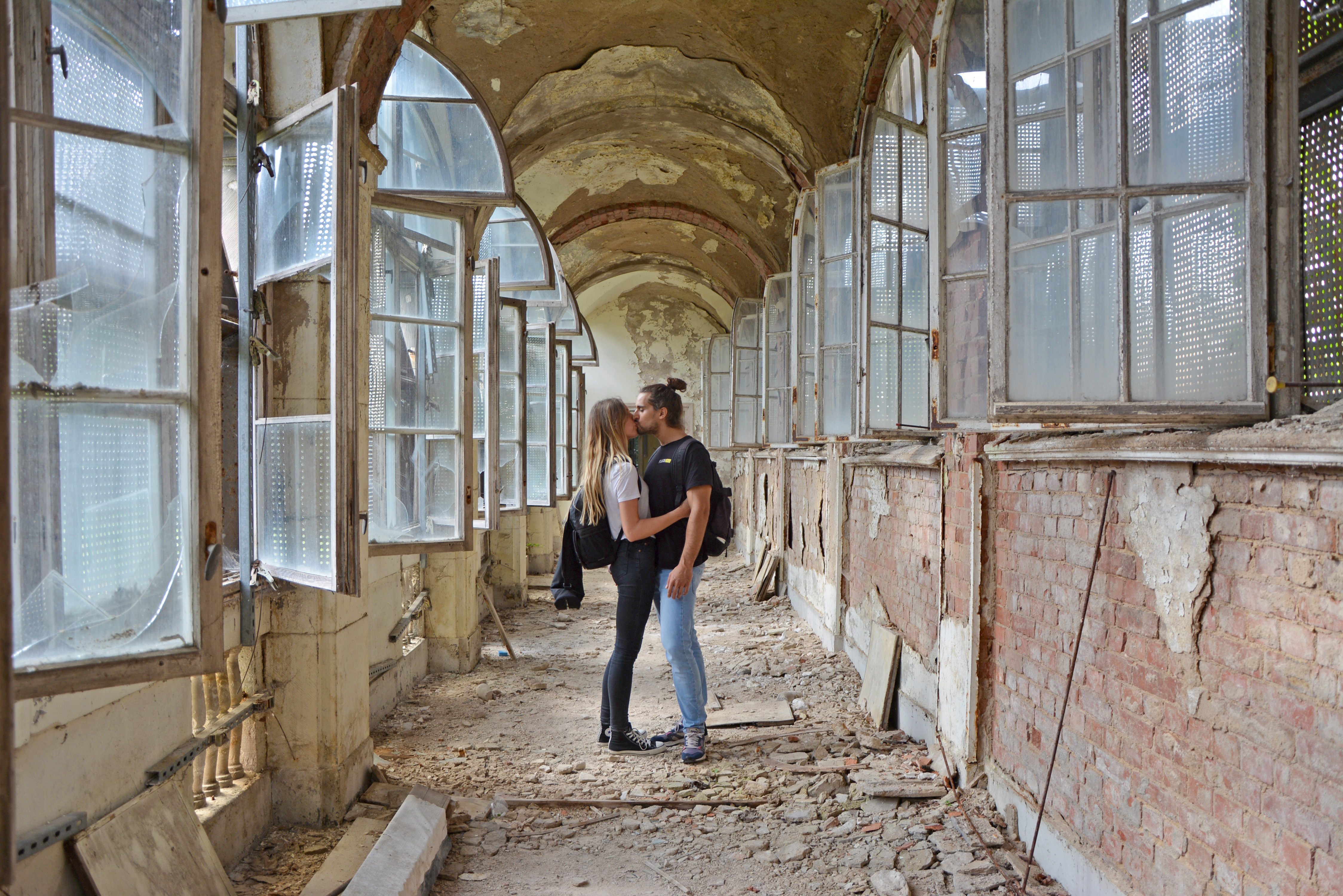 Abandoned Places in Berlin Waldhaus Buch Abandoned Sanatorium Garden Hall Love