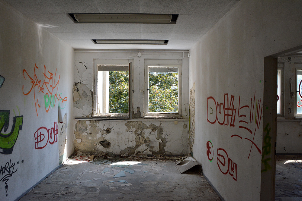 Abandoned Office Complex Wiessensee Inside upstairs